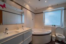 WHG 1.OG: Badezimmer
