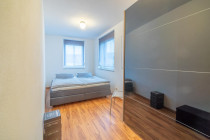 Schlafzimmer 1 (OG)