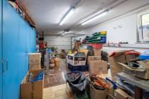 Garage mit Grube